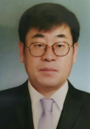 〈객원칼럼〉'꼼수'가 이끌어 가는 21세기 한국정치!