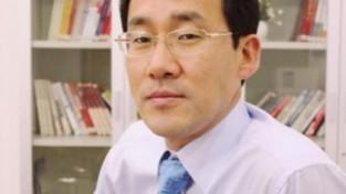 〈세상돋보기〉 우물속에 빠진 한국정치